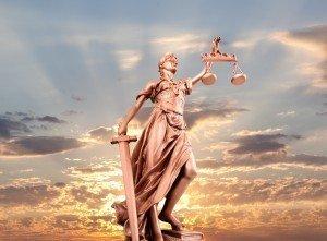 Juristische Übersetzung, gerichtliche Übersetzung italienisch deutsch, Gerichtsübersetzer, Justizübersetzer, gerichtliche Übersetzung, Beglaubigte Übersetzung, Beglaubigung